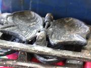 お店に残る初代たい焼き器の型
