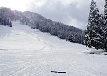 宇奈月スキー場ゲレンデ