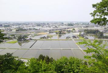 宮野山から見下ろす黒部市