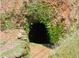 不思議なほら穴
