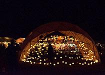 夜はドームのキャンドルに火がともされて綺麗でした!